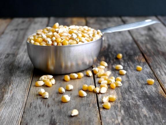 Popcorn benodigdheden en grondstoffen